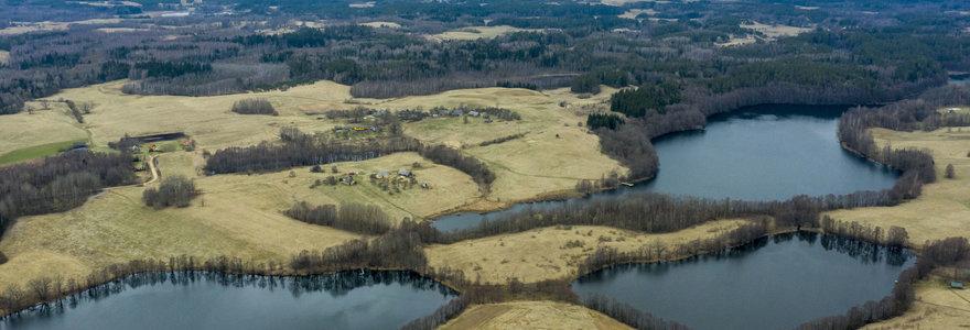 """Sirvėtos parko pasididžiavimas – ledyno """"sustumtos"""" kalvos ir į grandinę """"išrikiuoti"""" ežerai"""