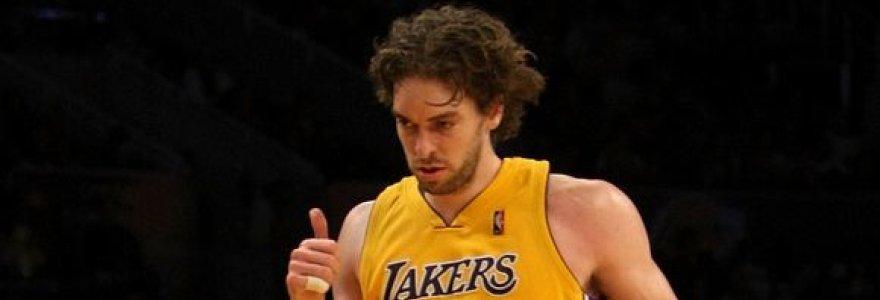 """""""Lakers"""" be Bryanto ir Bynumo įrodė pranašumą prieš """"Spurs"""" (video, nuotraukos)"""