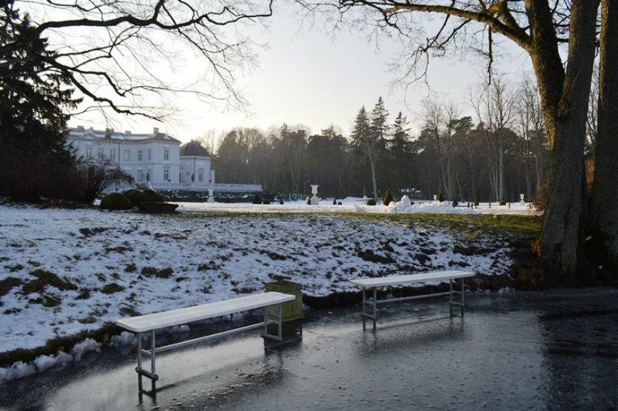 Birutės parke Palangoje įrengta čiuožykla