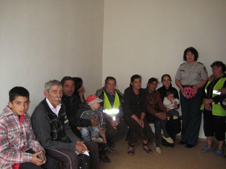 Romų susitikimas su bendruomenės pareigūne