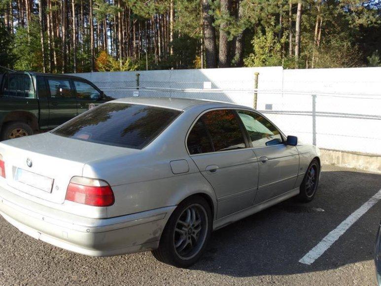 Sulaikytas įtariamojo kontrabandininko BMW