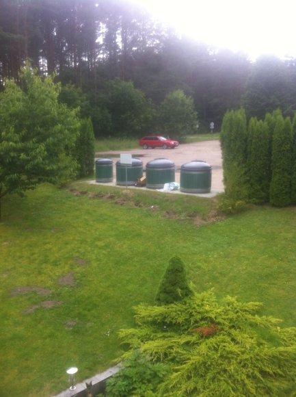 Tokį vaizdą pro savo namo langus pamatė verslininkas V.Trinkūnas sekmadienio vakarą.