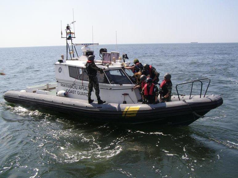 Laivo sulaikymo pratybos