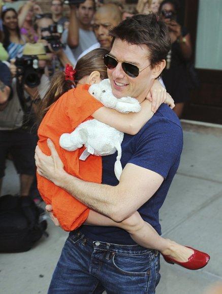 Tomas Cruise'as su dukra Suri (2012 m.)