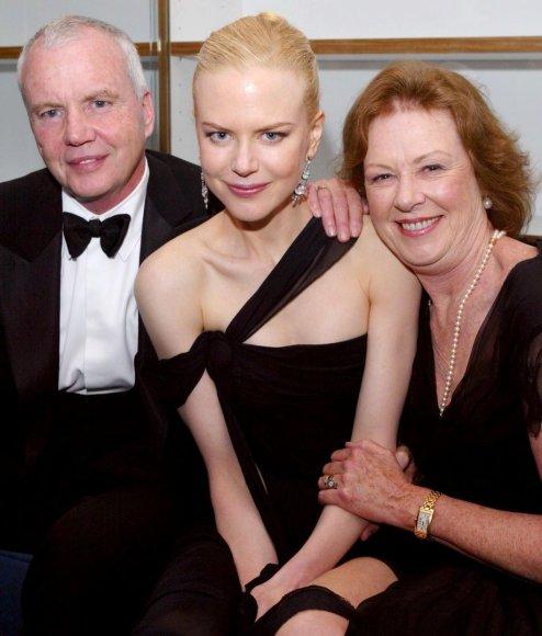 Nicole Kidman su tėvais Antony ir Janelle (2003 m.)