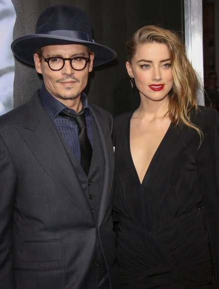 Amber Heard ir Johnny Deppas