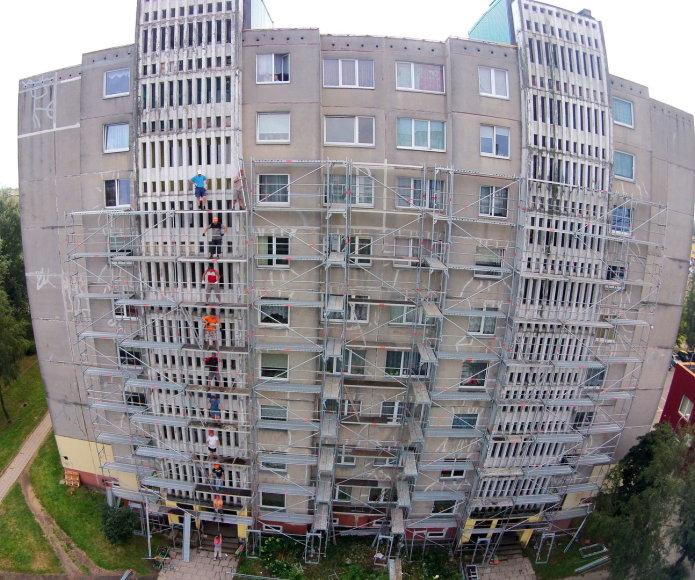 Renovuojamas daugiabutis Panevėžyje