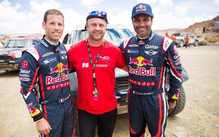 Renaldas Gabartas su Dakaro ralio žvaigždėmis