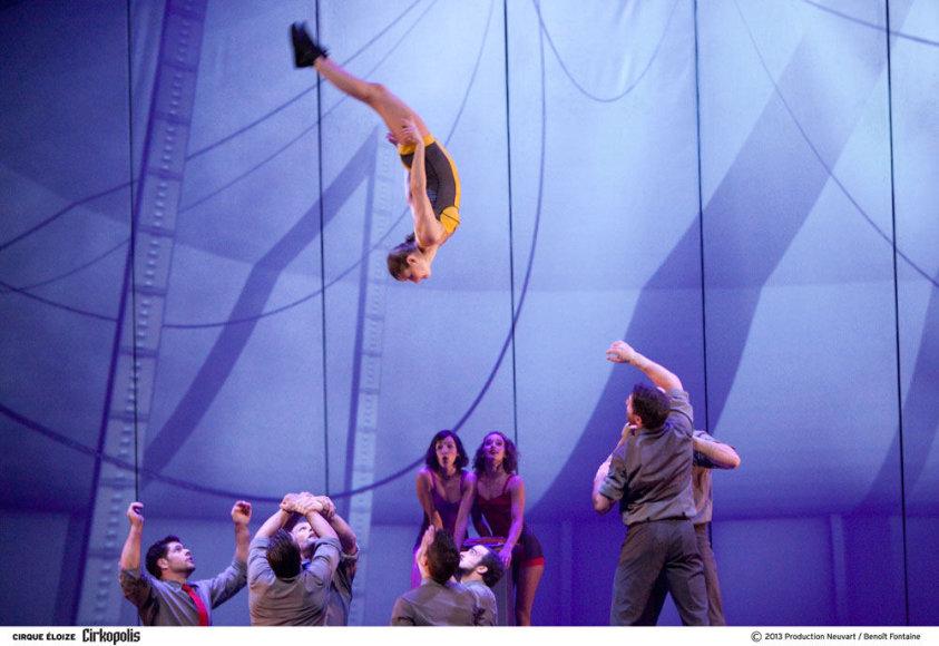 """Cirque Éloize šou """"Cirkopolis"""""""