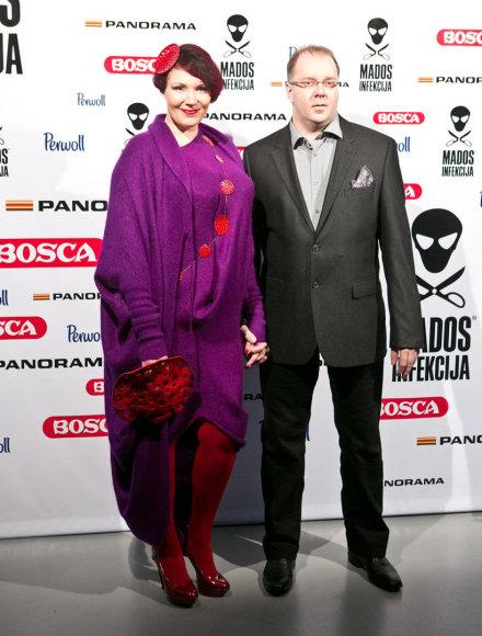 Regina Doseth su vyru