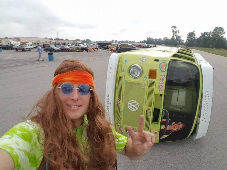 "Autobusiukas ""Trippy Tippy Hippy Van"""