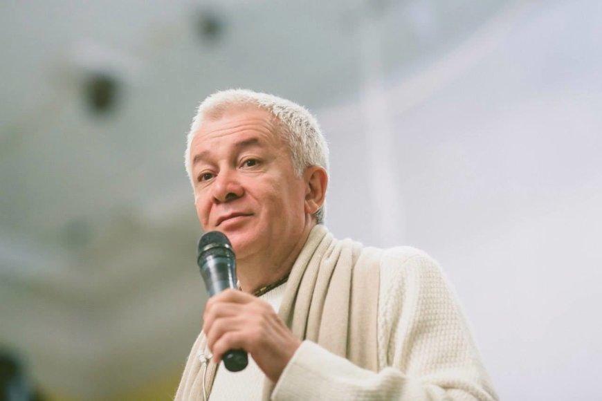 Aleksandras Chakimovas.
