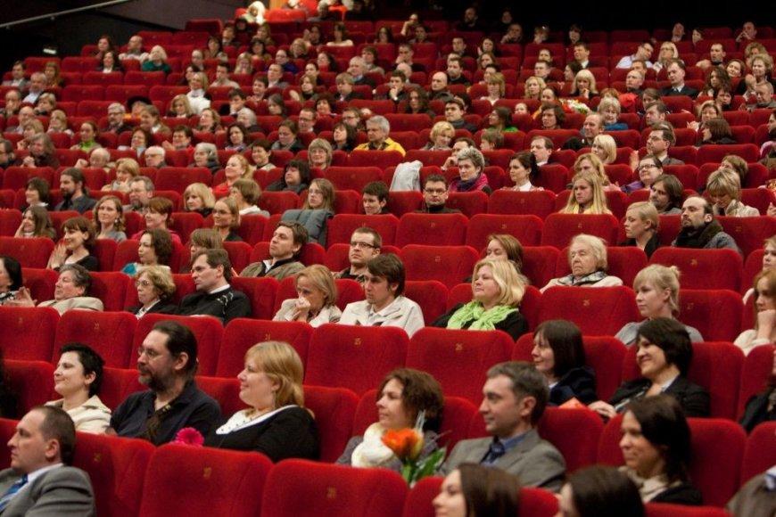"""Kino teatras """"Forum Cinemas Vingis"""" liko be elektros energijos."""