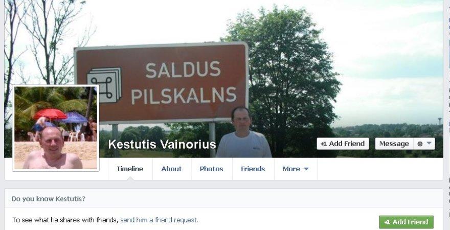 """Kunigą Kęstutį Vainorių """"Facebook"""" svetainėje atpažinę gargdiškiai pasipiktino pamatę nuotraukas ir informaciją, kuria jis dalinasi."""