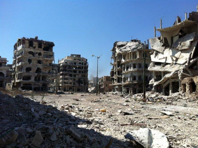 Sirijoje per atakas sugriauti pastatai