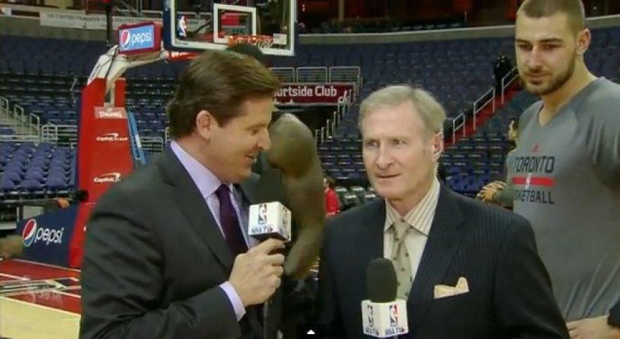 Jonas Valančiūnas su NBA žurnalistais