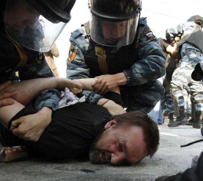V.Putino inauguracijos išvakarėse - kruvinas opozicijos mitingas