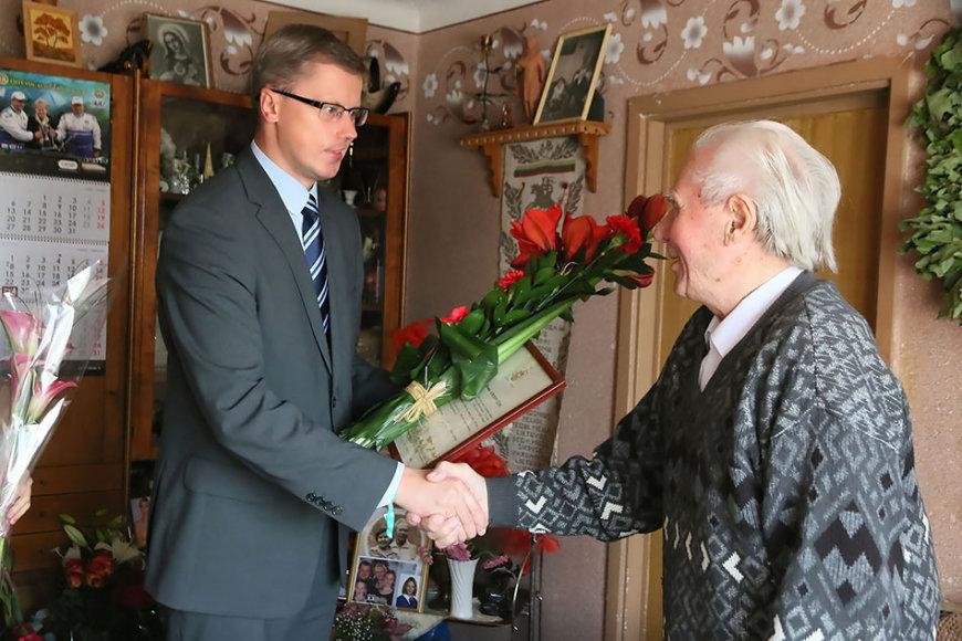 Antanas Simonavičius švenčia 100 metų jubiliejų