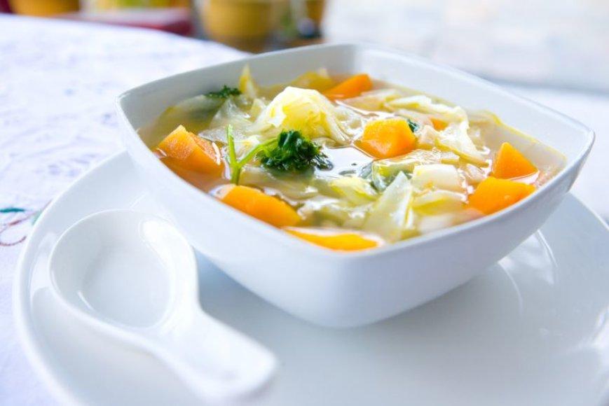Kopūstų sriuba su citrinomis