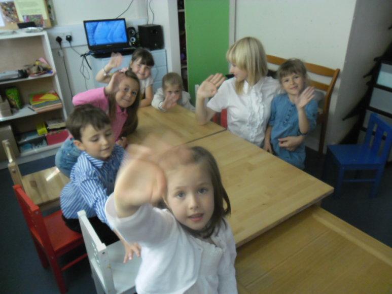 Kūrybinė veikla Londono lietuviškoje mokykloje.