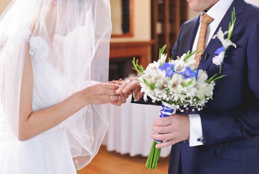 Aklos vestuvės