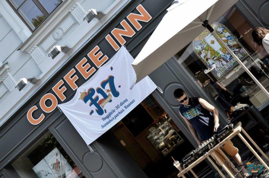 """Kiekvieną trečiadienį iki pat festivalio """"F17 – Open Air"""" pradžios kavinėje """"Coffee Inn"""" vyks renginiai."""