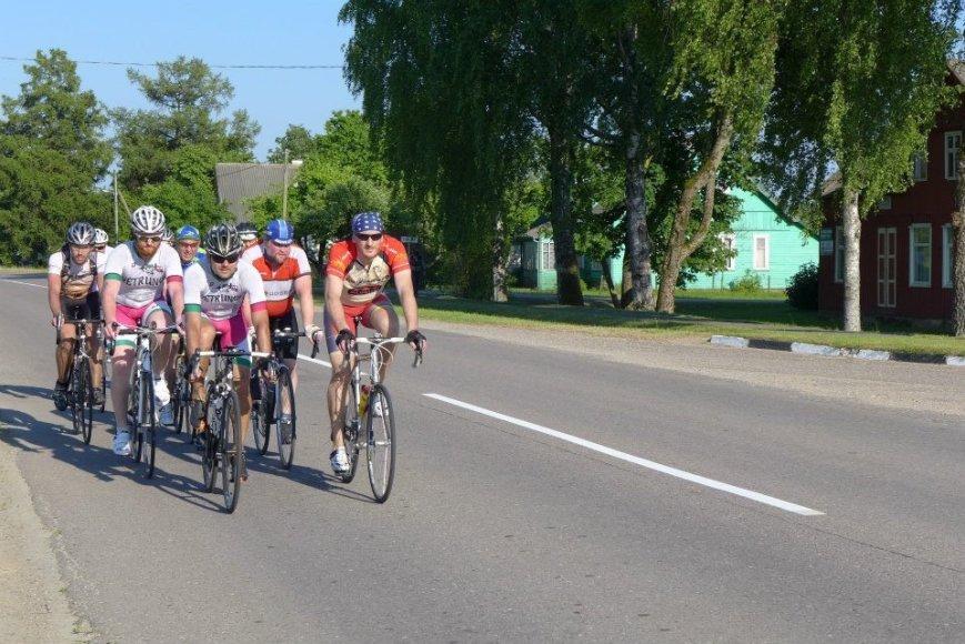 400 km kelionė dviračiais