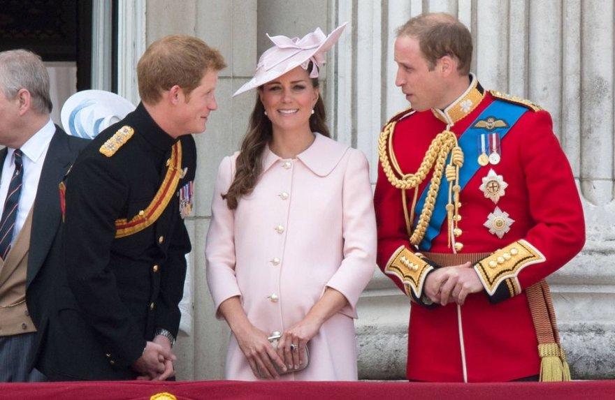 Princas Harry, Kembridžo hercogienė Catherine ir princas Williamas