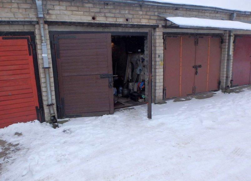 Kauno policija sulaikė tris garažus švarinusius kauniečius