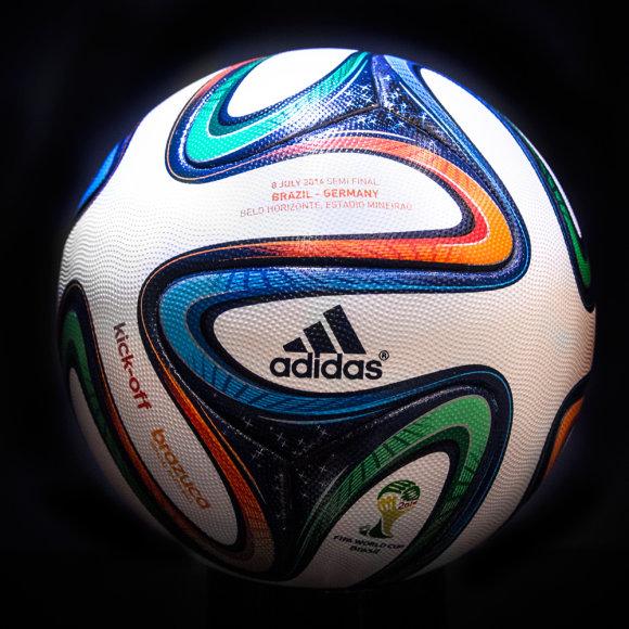 brazuca kamuolys