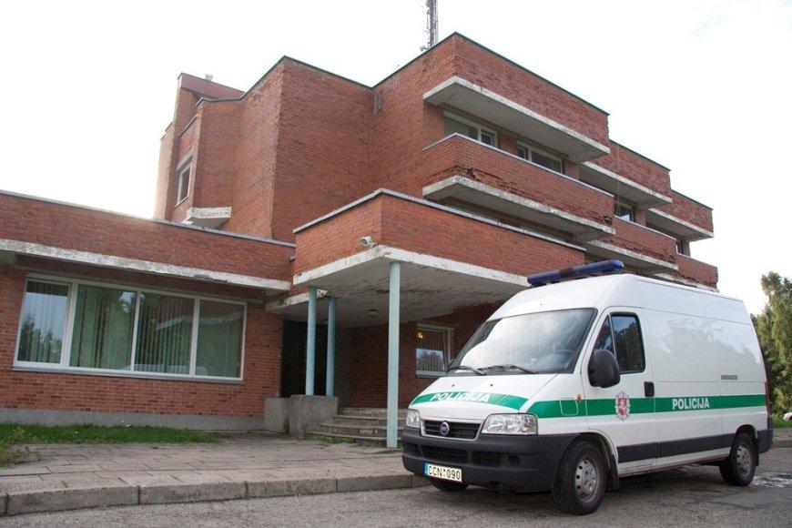 Palangos policijos pareigūnai iki šiol buvo įsikūrę pastate, esančiame atokiau nuo kurorto centro.