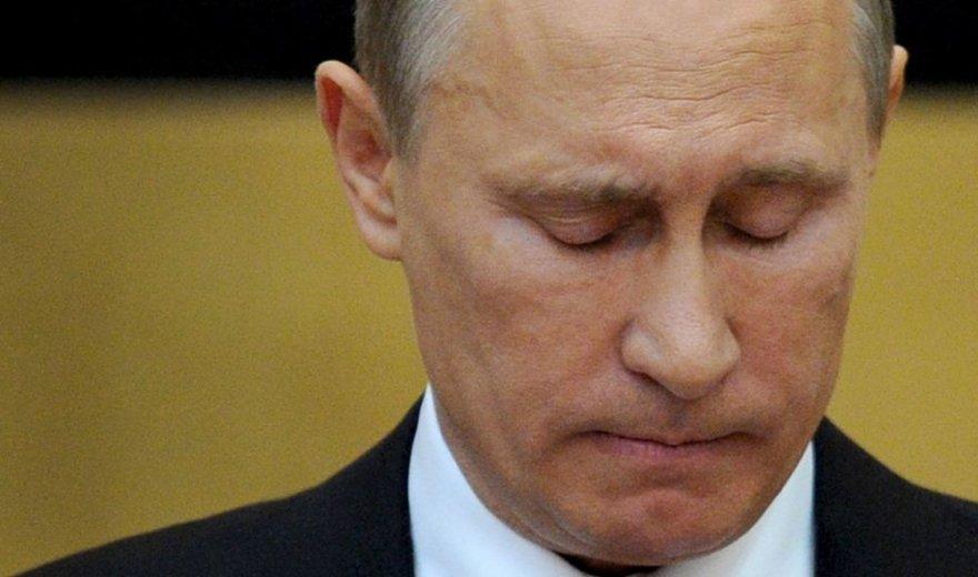 Užsimerkęs Vladimiras Putinas