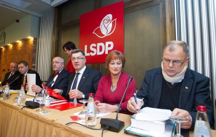 Socialdemokratai renkasi į posėdį.