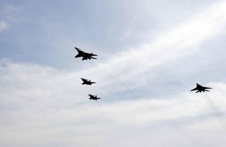 NATO oro policijos misijos karinių vienetų pasikeitimo ceremonija