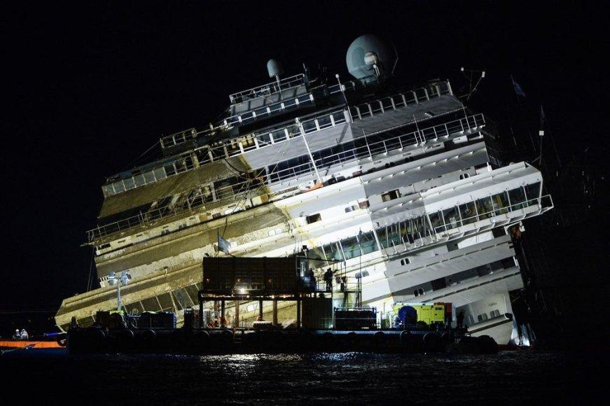 """Kruizinis laivas """"Costa Concordia"""""""
