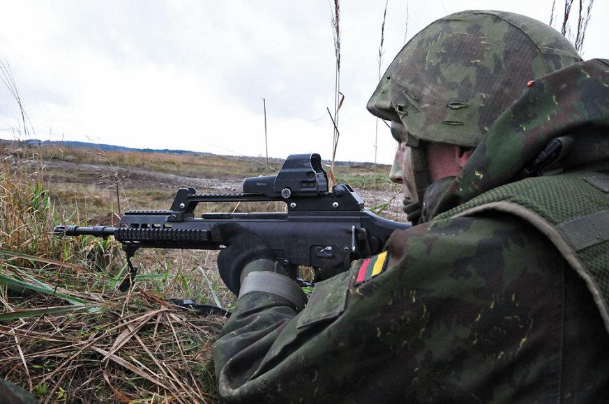 Lietuvos kariai pozicijose