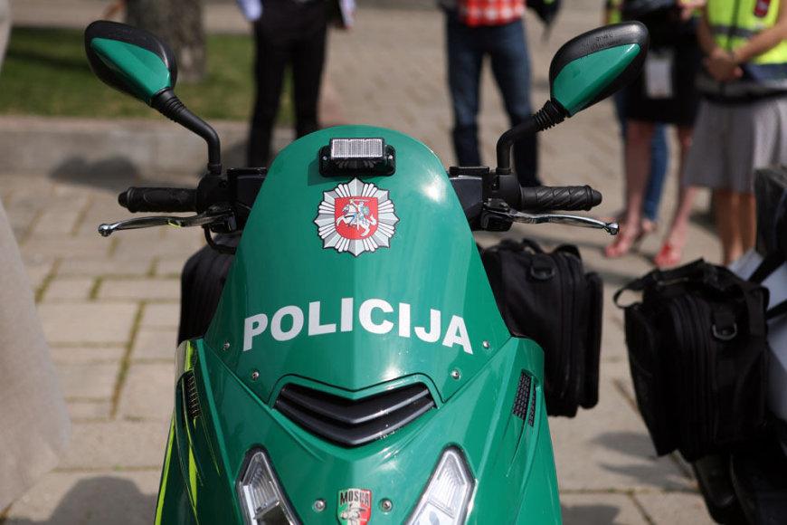 Kaune patruliuos motoroleriai