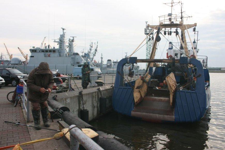 Žvejybiniai laivai - beviltiškai susenę.