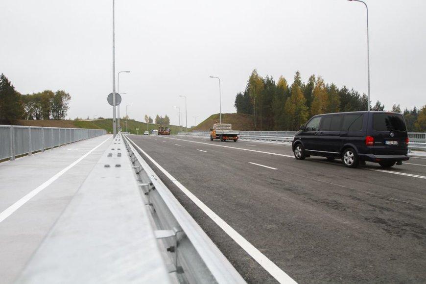 """Nuo šiol automobiliai į """"Ikea"""" ir Vilniaus oro uostą važinės patogiau"""