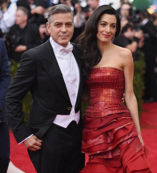 George'as Clooney su žmona Amal Clooney
