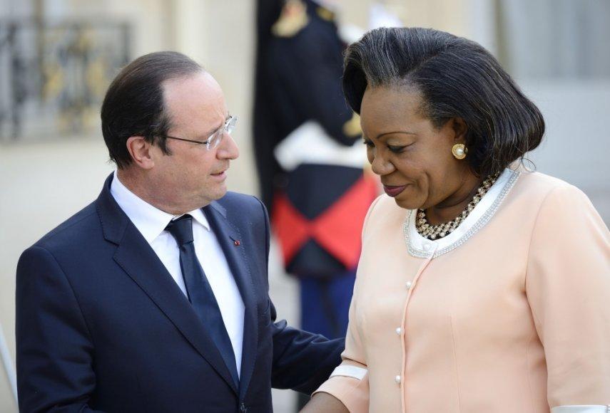 Prancūzijos prezidentas Francois Hollande'as ir Centrinės Afrikos Respublikos prezidentė Catherine Samba-Panza