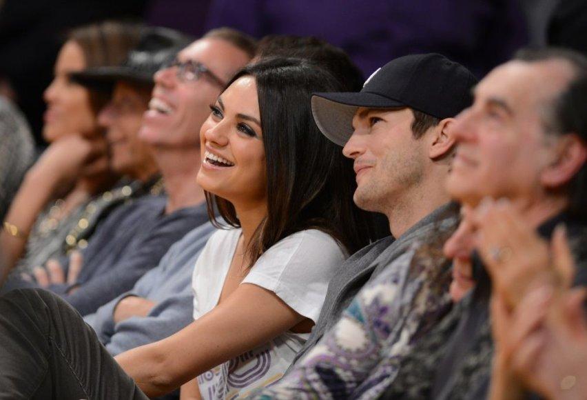 Mila Kunis ir Ashtonas Kutcheris – 35 mln. JAV dolerių