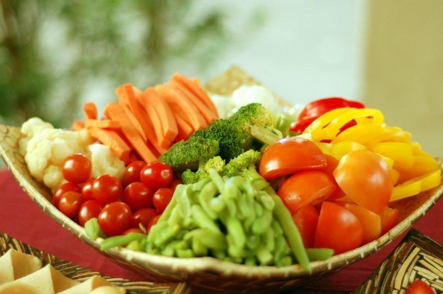 Norėdami valyti organizmą, valgykite daugiau daržovių