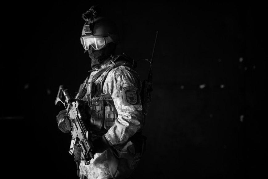 """Lietuvoje vyksta specialiųjų operacijų pajėgų pratybos """"Liepsnojantis kalavijas 2014"""""""