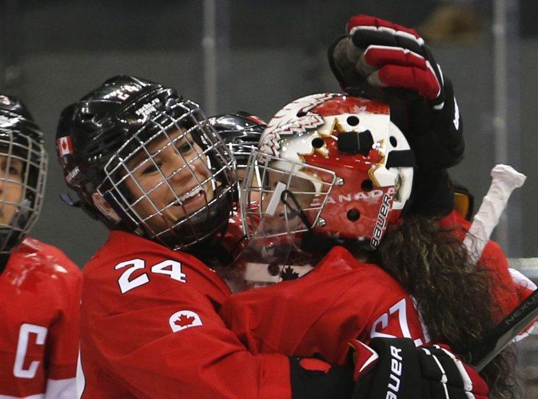 Kanados rinktinės ledo ritulininkė Natalie Spooner