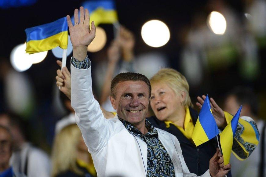 Legendinis Ukrainos šuolininkas su kartimi Sergejus Bubka