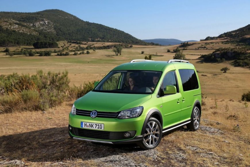 """Volkswagen Caddy Cross"""