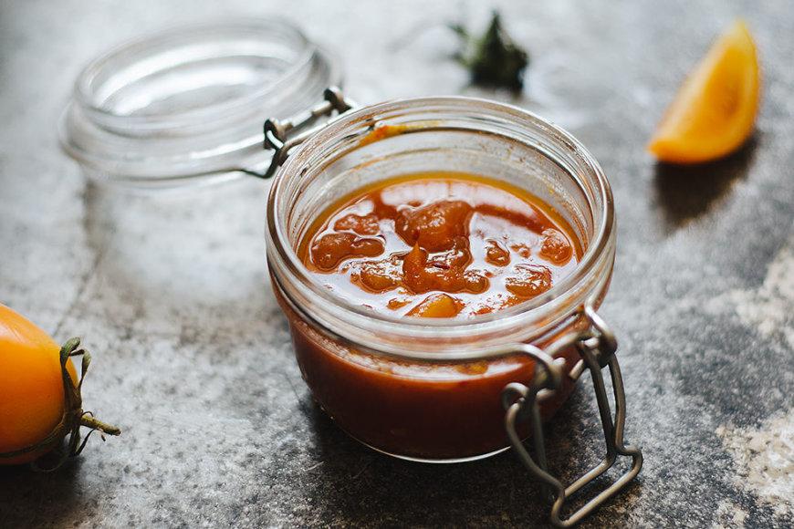Geltonųjų pomidorų džemas su rūkyta paprika