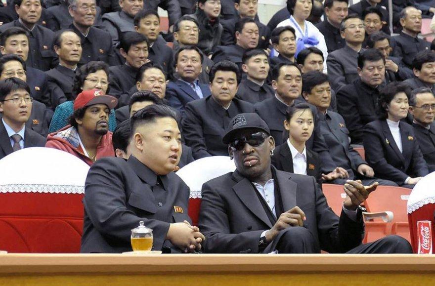Kim Jong Unas ir Dennisas Rodmanas