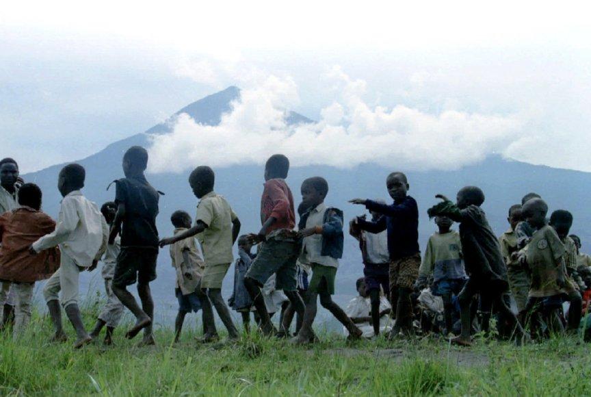 Vaikai Ruandos pabėgėlių stovykloje